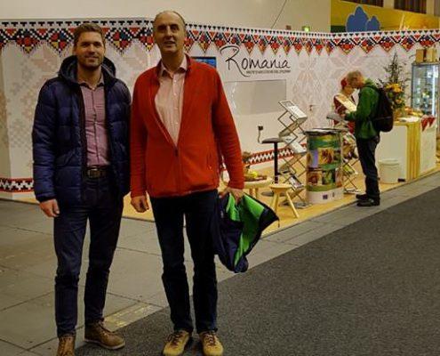Tim und Arne Garlipp auf einer Messe in Rumänien
