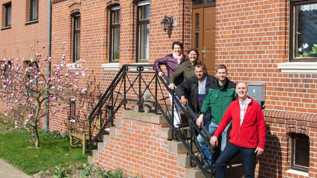 Team Garlipp auf der Treppe